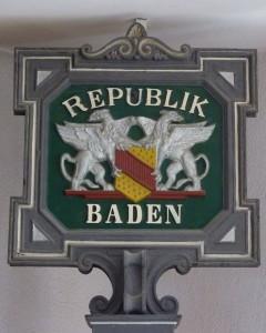822px-Knittlingen_Rathaus130175_Baden