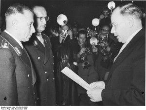 Bonn, Theodor Blank, Bundeswehrfreiwillige